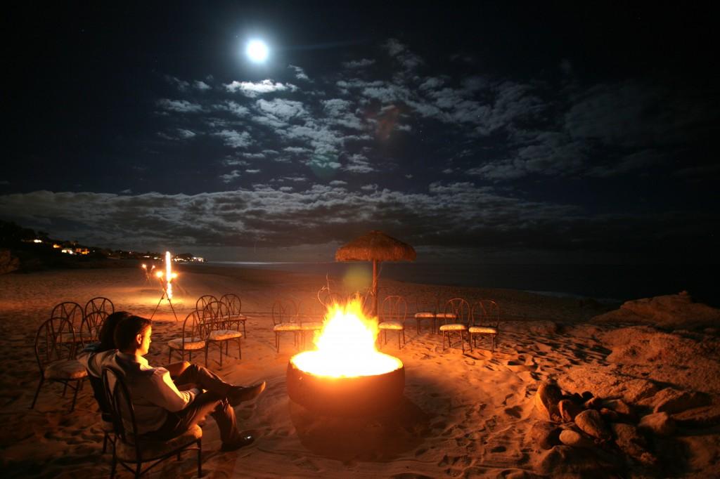 beach-fire-with-people-1024x682.jpg