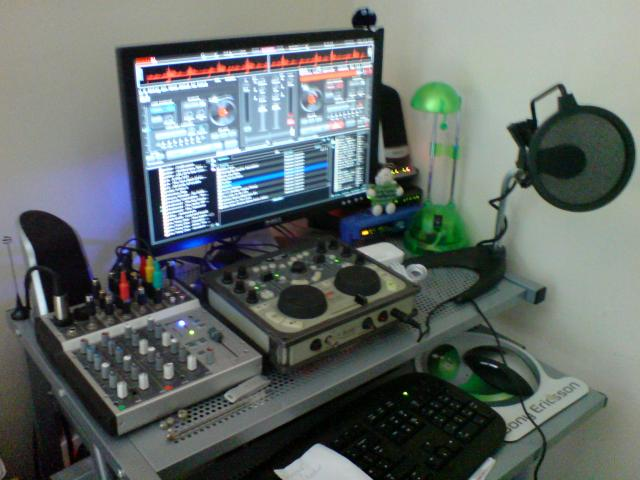 Post a picture of your setup    Internet Radio Forums