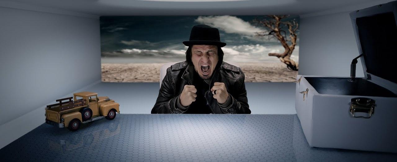 music-industry-Elliott Waits For No One-New Music Videos-MEGALOMANIAC-Stream on Spotify-srl-ne...jpg