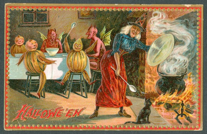 Strange Halloween Postcards From the Early 20th Century (17).jpg